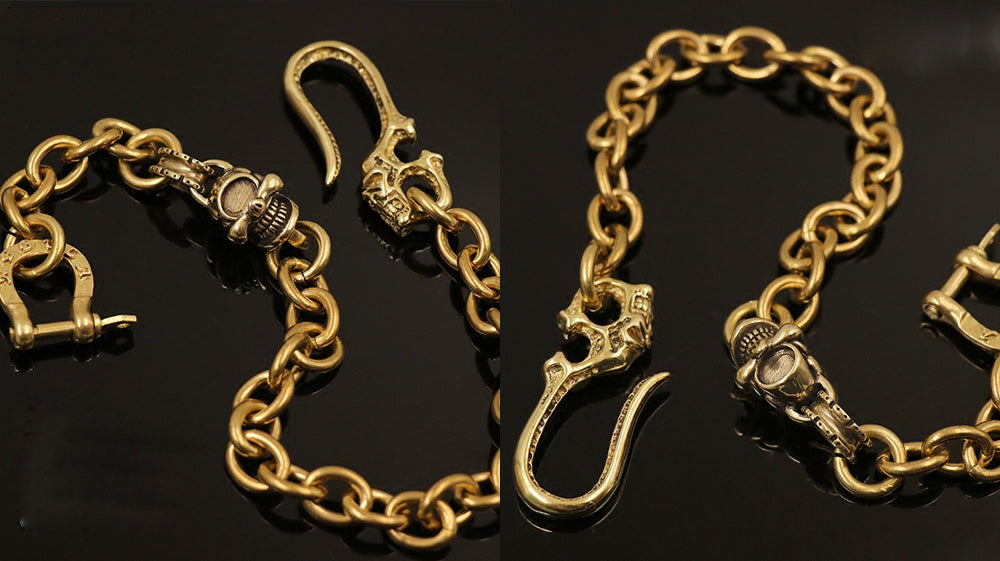 Badass Brass Skulls Short Wallet Chain with Horseshoe Ring