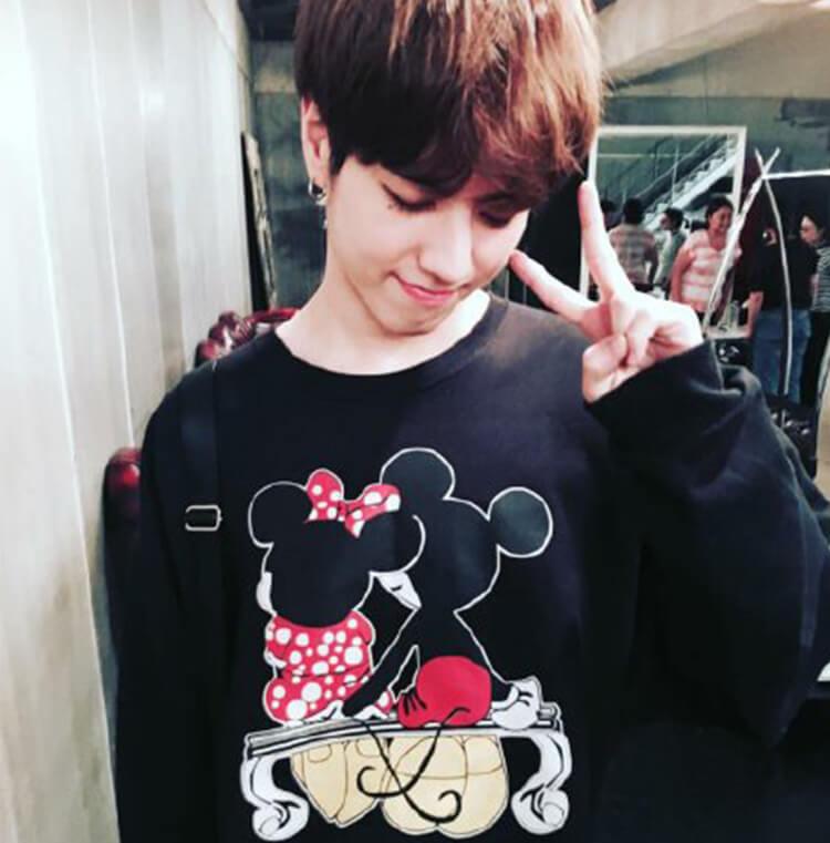 GOT7 YUGYEOM Cartoon Mickey Printed Loose Korean Sweatshirt