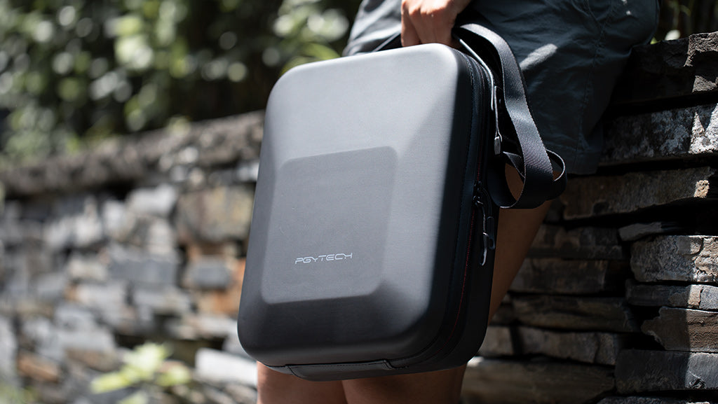 10_Mavic_Air_2_Carrying_case_with_Removable_shoulder_strap_and_integrated_carry_handle.jpg?v=1589951380