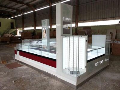 TITAN Glass Finish Mall Kiosk Design