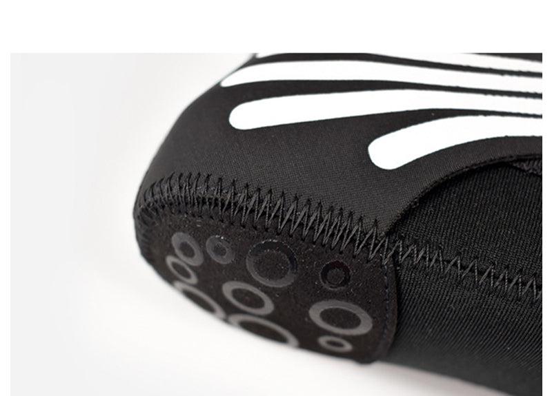 gripper on shoe bottom