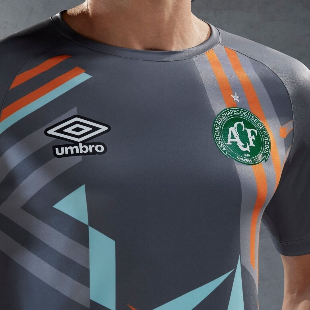 Chapecoense 2020 home and away jerseys