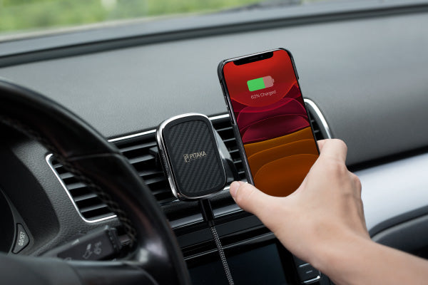 MagEZ Mount Qi magnetic car mount supports wireless charging