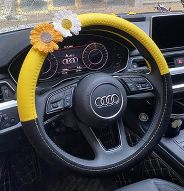 yellow-daisy-steering-wheel-cover